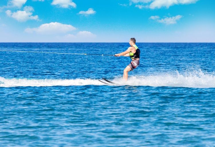 Wakeboarding in Maldives