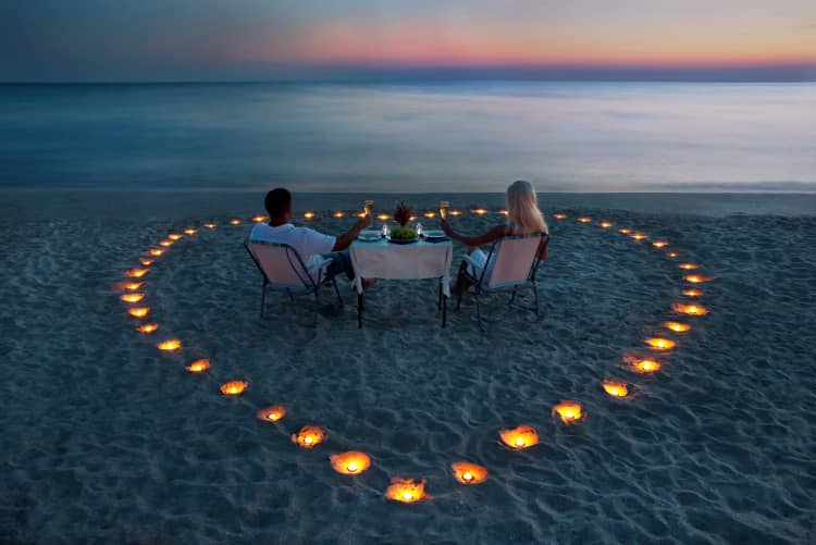 Candlelight dinner in maldives