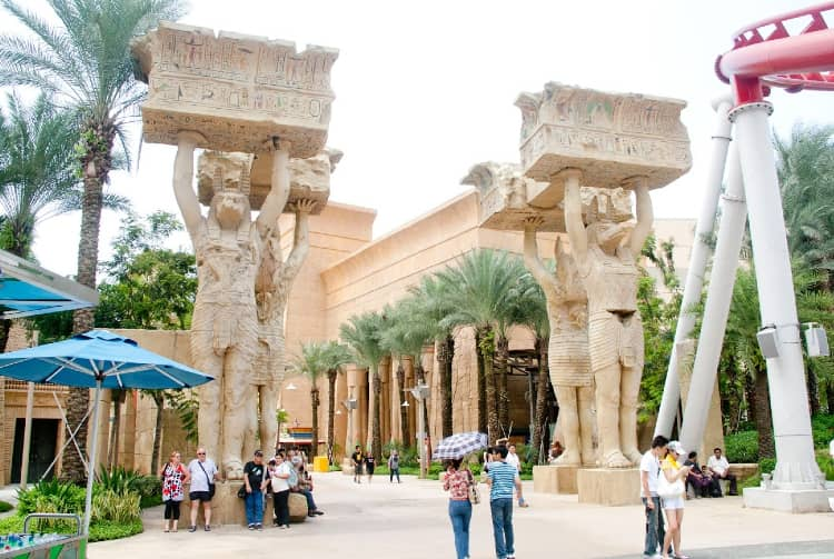 Universal Studios go with your girlfriend in singapore